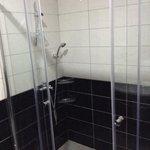 douche chambre 101