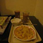 Banana chips/tea