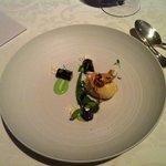 herrliche Süßspeise: Artischocke mit Balsamico und Petersilien-Joghurt