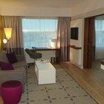 Room (Lounge area)