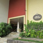 Hotel entrance on Kapahulu Ave