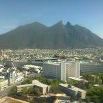 Vista del Cerro de la Silla desde el piso 15.