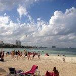 Jugando Voleyball de playa!
