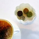 Coffee and petit four