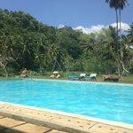 Super pool