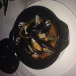 Mussels... Amazing sauce!