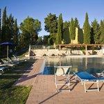La piscina e gli appartamenti!