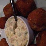 Porção de bacalhau, apresentação e sabores medianos, como qualquer outro restaurante na orla
