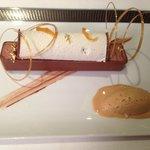 Tube de Chocolat et glace caramel beurre salé