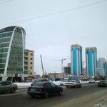 Отель со стороны улицы Сарайшык