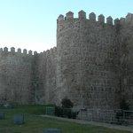 Крестная стена