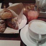desayuno con Capuccino :))