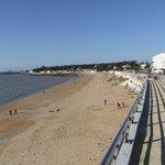 Hotel le galet bleu Fouras la grande plage à 150 mètres