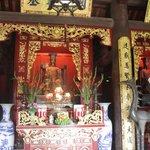 Внутри одного из помещений храма