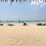 Vy från Beach Bar mot stranden