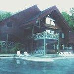 Disfrutando de la piscina termal a las 7 am solo la naturaleza y yo.