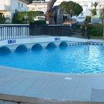 A small kids pool