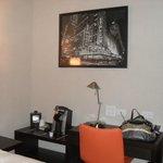 Coffee/Desk Area in Signature Room