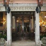 Welcome to : Giorgione hotel in Cannaregio