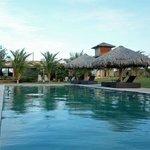 Área da piscina central do hotel