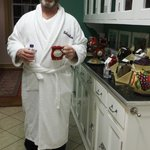 Relaxation in style with a Robertshaw mug & robe