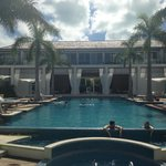 Pool, Lobby