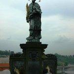 Estatuas na Ponte Carlos.
