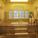 Master bath room of President Suite