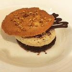 Pasta zuccherata al cioccolato con mousse di mascarpone al caffé