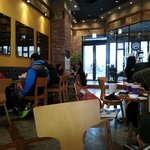 Photo de The Coffee Bean & Tea Leaf Insadong Store