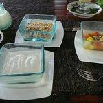 Fruit and muesli with yoghurt.