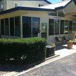 Poplar Caravan Park & Harry's Snack Shack