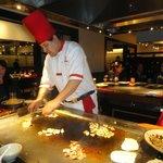 Preparing shrimp