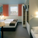 B&B Hotel Böblingen - Familienzimmer für 3 Personen