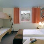 B&B Hotel Böblingen - Familienzimmer für 4 Personen