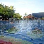 otra vista de piscina
