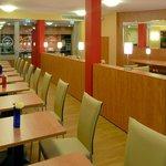 B&B Hotel Düsseldorf-Airport - Frühstücksraum