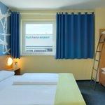 B&B Hotel Frankfurt-Hahn Airport - Familienzimmer für 4 Personen