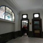 Portal del hostal Abadia