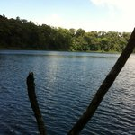 Vista laguna de hule
