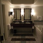 Lovely double sinks in the Augustus room...