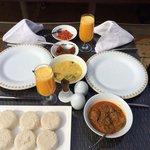 Pool side breakfast!!