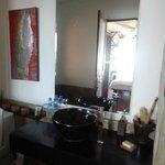 Une partie de la salle de bain
