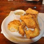 Foto de Mildred's Chicken & Waffles