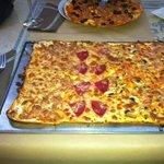 pizza mediana y pequeña
