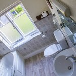 Burton Lodge Guest House - Bathroom
