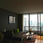TV ( flatscreen) and living room