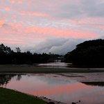 Magnifique levé de soleil sur la chute, pris de notre site