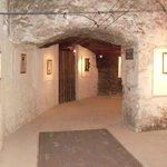 L'entrée des Caves Monmousseau et du circuit oenotouristique
