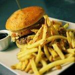 big foot burger et frites maison
